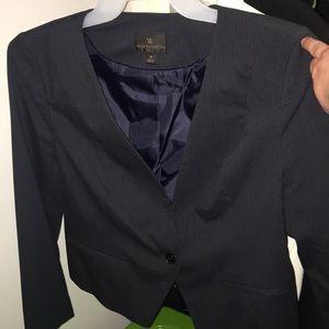 Short feminine blazer